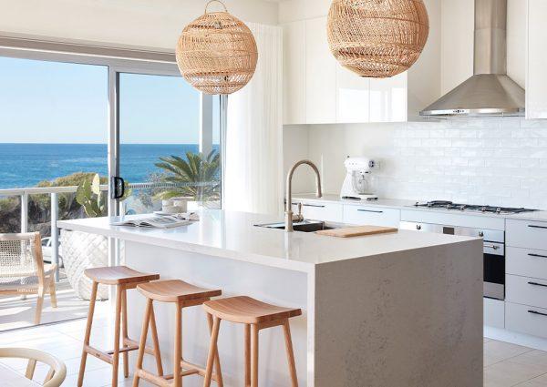 rsl-art-union-draw-383-freshwater-beach-house-kitchen